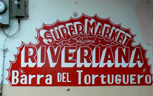 Cartel en Tortuguero