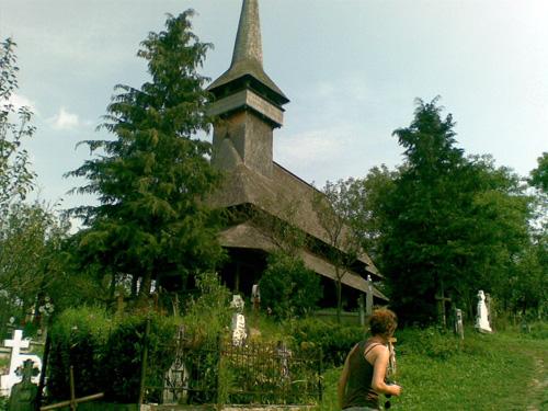 biserica izei