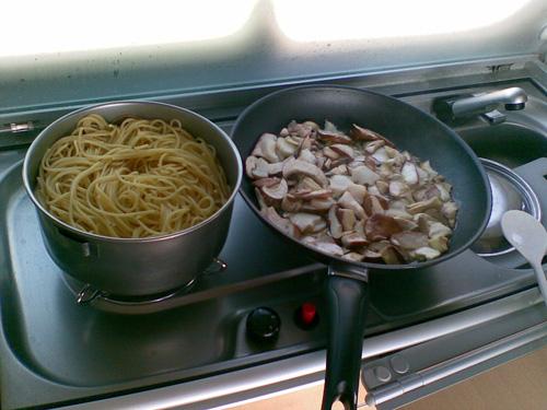 Espageti con setas